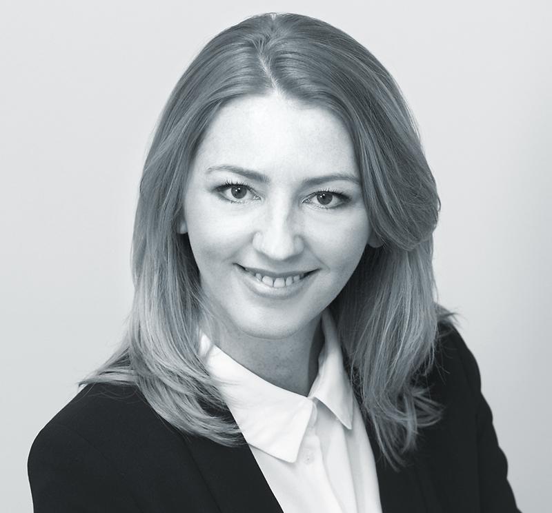 Kinga Waksmundzka-Majewska adwokat Ad Casum - Prawo cywilne, ubezpieczenia gospodarcze, prawo pracy, prawo budowlane. Kancelaria adwokacka Warszawa